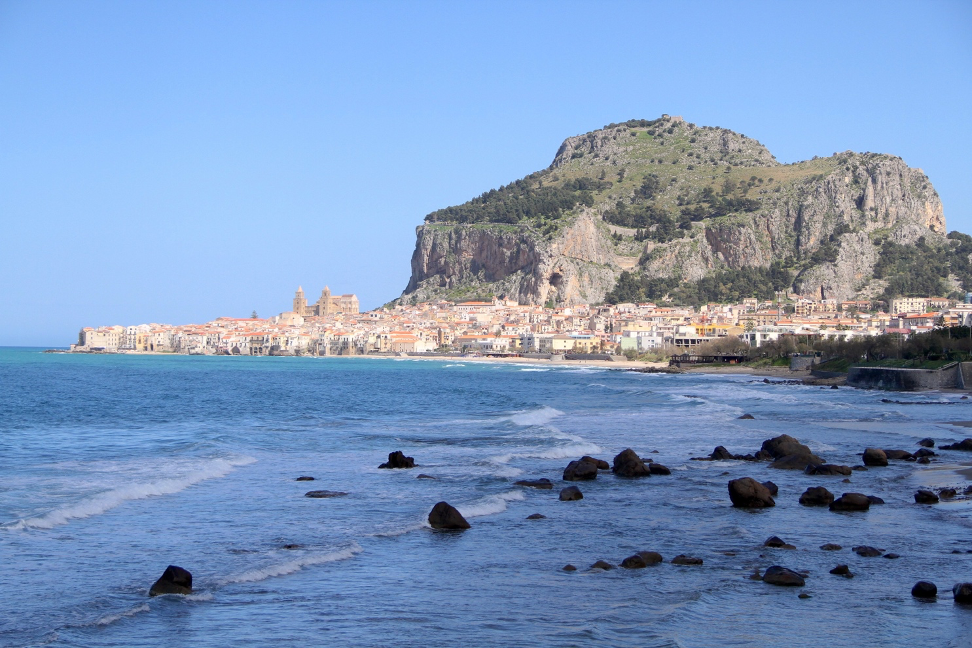 Sicily island - how to become a travel blogger